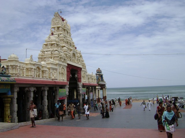 Choosing Best Travel Guide in Tiruchendur